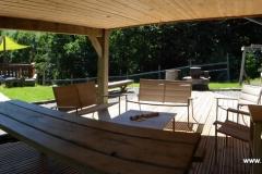 Vue d'ensemble des terrasses du chalet Bruyères